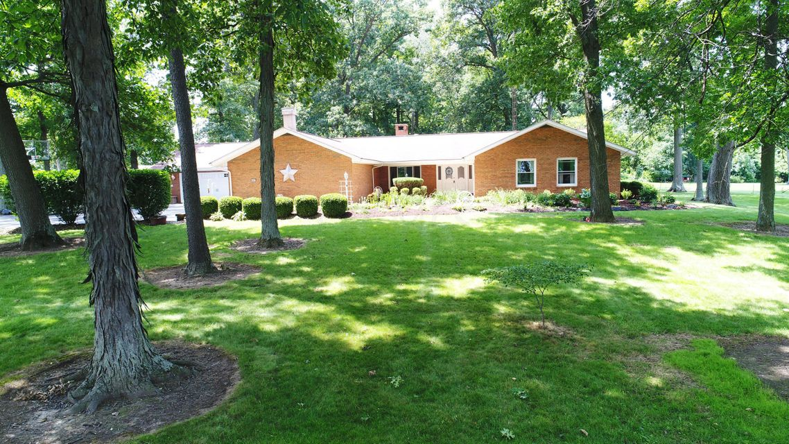 Photo of home for sale at 4587 Powell Road, Marion OH