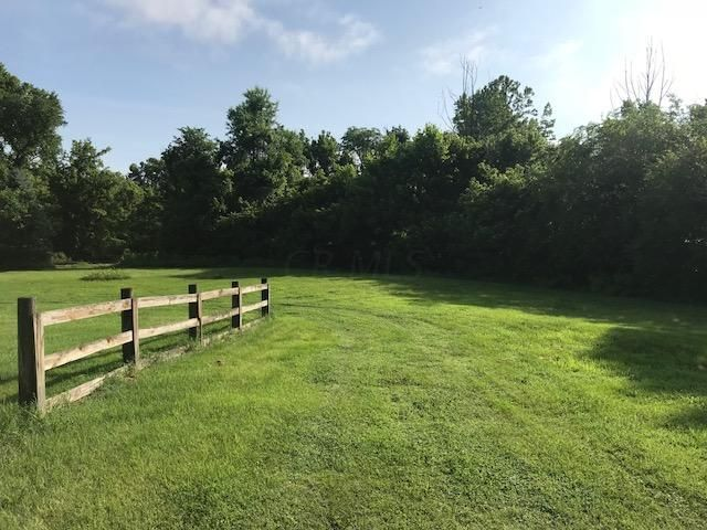 Photo of home for sale in Nelsonville OH