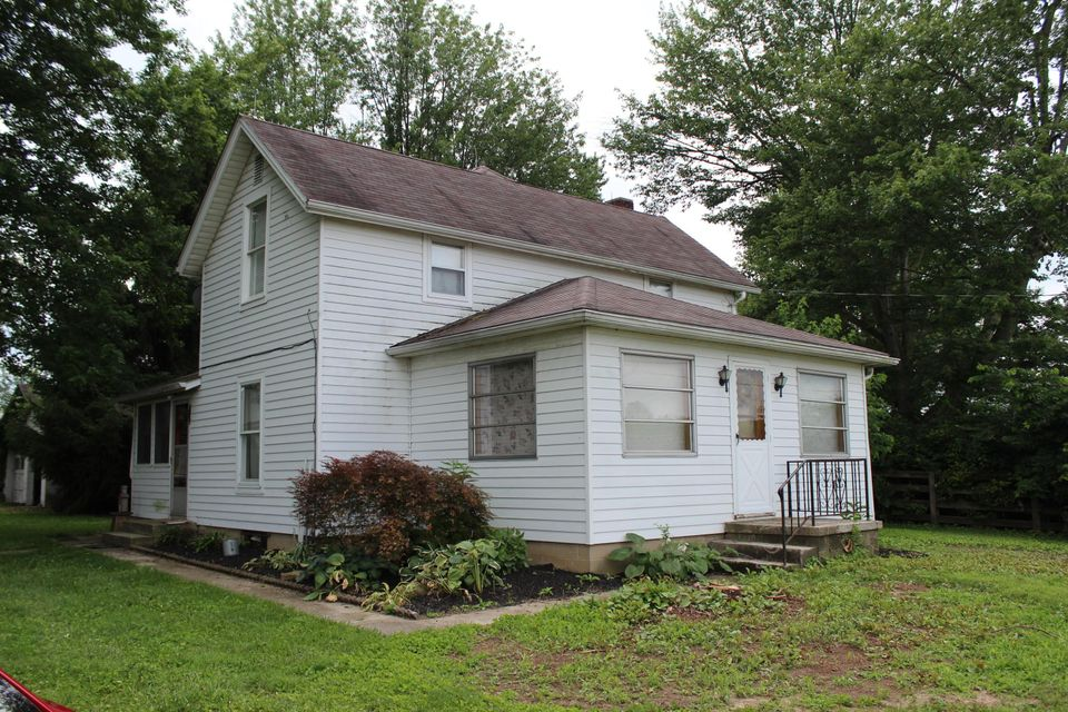 Photo of home for sale at 2665 Bean-Oller Road, Delaware OH