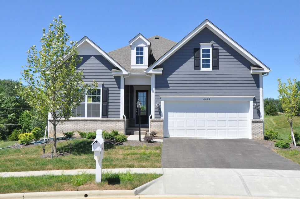 Photo of home for sale at 4443 Mcalister Park Drive, Westerville OH