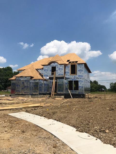 Photo of 823 Kelburn Lane, Pickerington, OH 43147