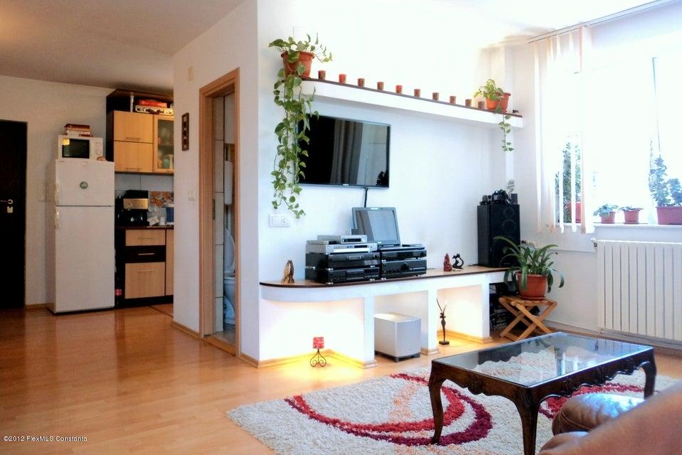 Vandut Casa 175 m² - FNC, Lumina