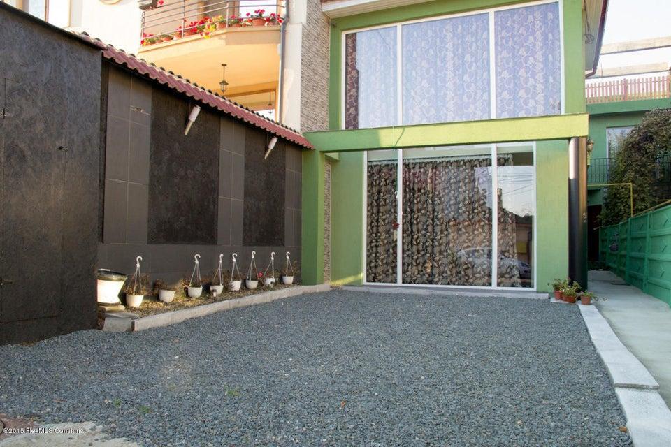 Vanzare Casa 130 m² - Tomis 2, Constanta