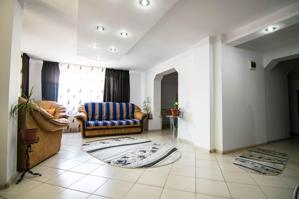 Vanzare Casa 250 m² - Valu lui Traian, Valu lui Traian