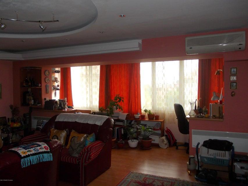 Vanzare Apartament 3 camere - Delfinariu, Constanta