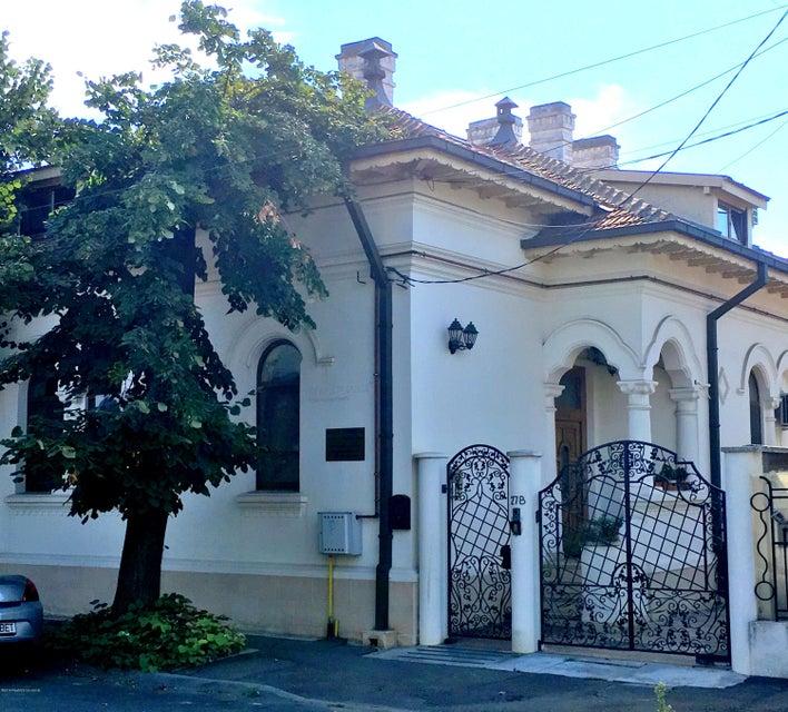 Vanzare Casa 236 m² - Centru, Constanta