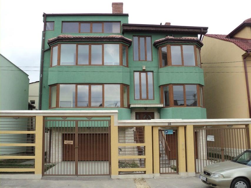 Vanzare Casa 476 m² - Capitol, Constanta