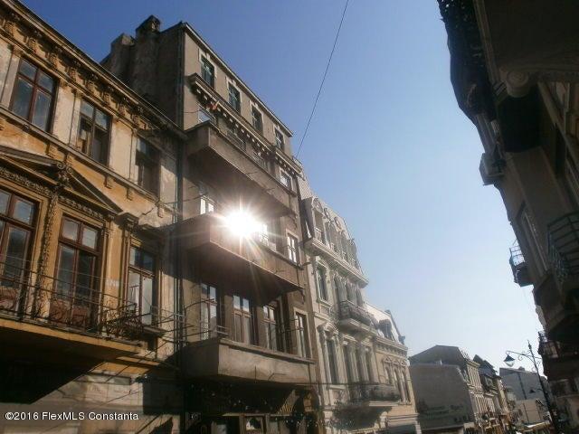 Vanzare Apartament 3 camere - Peninsula, Constanta