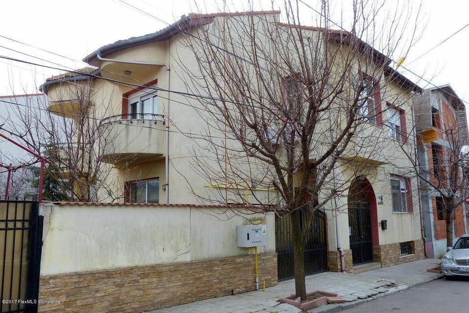 Vanzare Casa 350 m² - Faleza Nord, Constanta