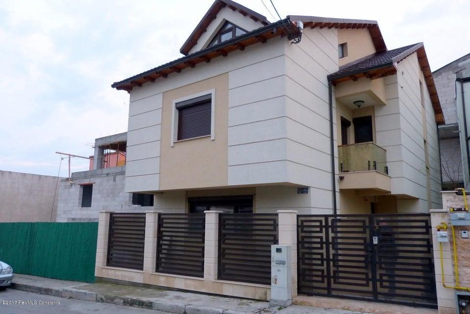 Vanzare Casa 182 m² - Dacia, Constanta