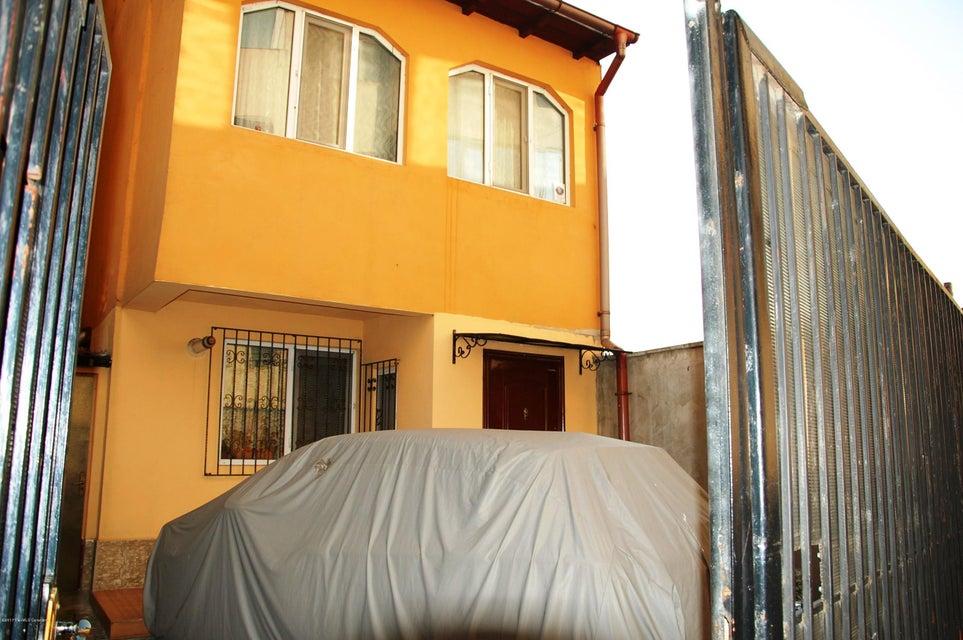 Vanzare Casa 73 m² - Trocadero, Constanta