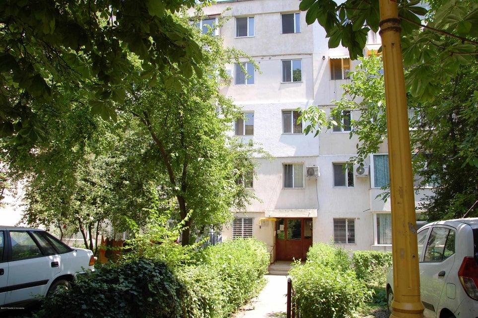 Vanzare Apartament 4 camere - Tomis 3, Constanta