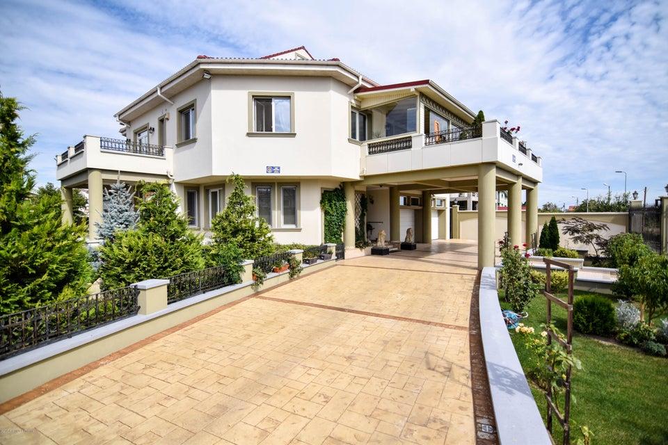 Vanzare Casa 693 m² - Palazu Mare, Constanta