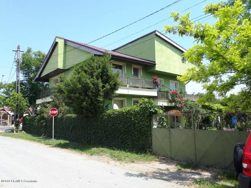 Vanzare Casa 215 m² - M. Kogalniceanu, Mihail Kogalniceanu