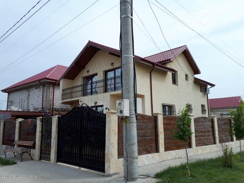 Vanzare Casa 174 m² - FNC, Lumina