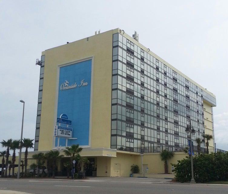1909 S ATLANTIC Avenue 402, Daytona Beach Shores, FL 32118