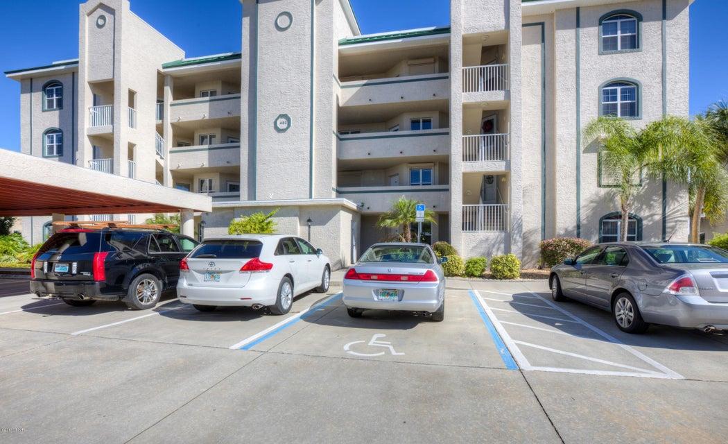 432 Bouchelle Drive 103, New Smyrna Beach, FL 32169