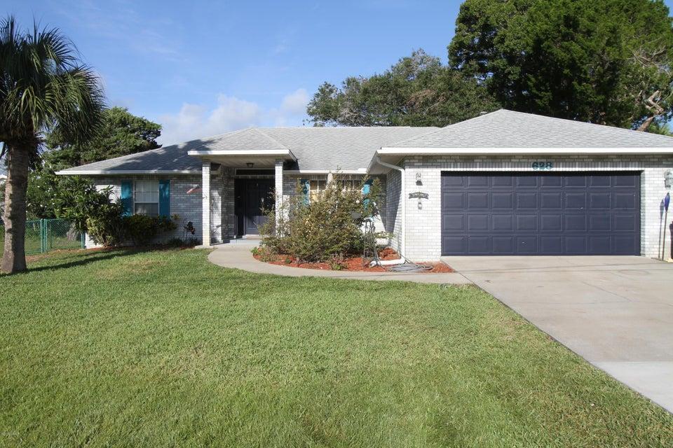 628 S PINE Street, New Smyrna Beach, FL 32169