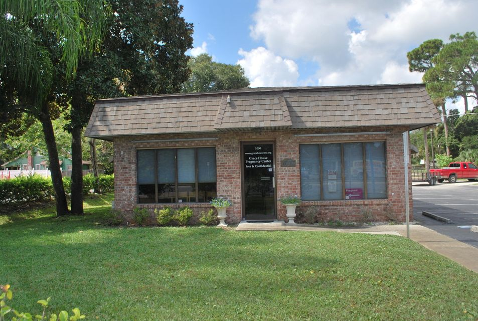 Photo of 1000 S RIDGEWOOD Avenue, Edgewater, FL 32132