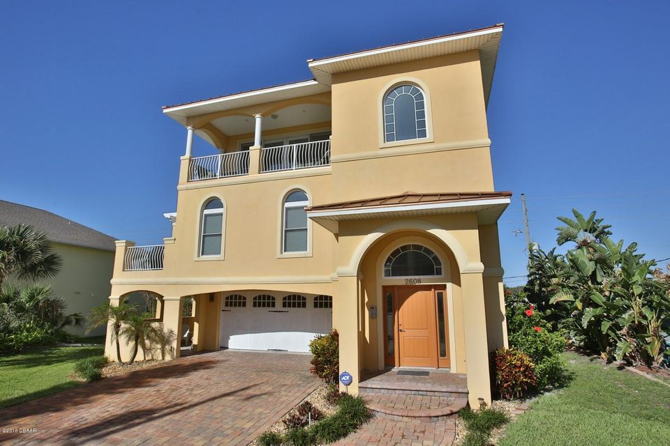 2608 HILL Street, New Smyrna Beach, FL 32169