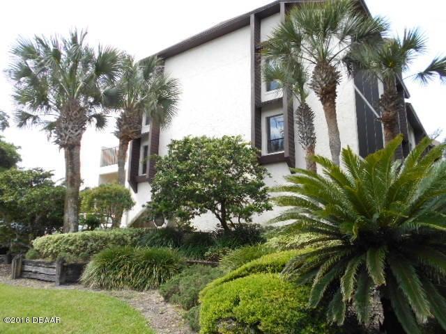 20 TOMOKA Avenue 106, Ormond Beach, FL 32174
