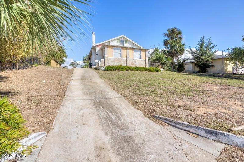159 S Peninsula Drive, Daytona Beach, FL 32118