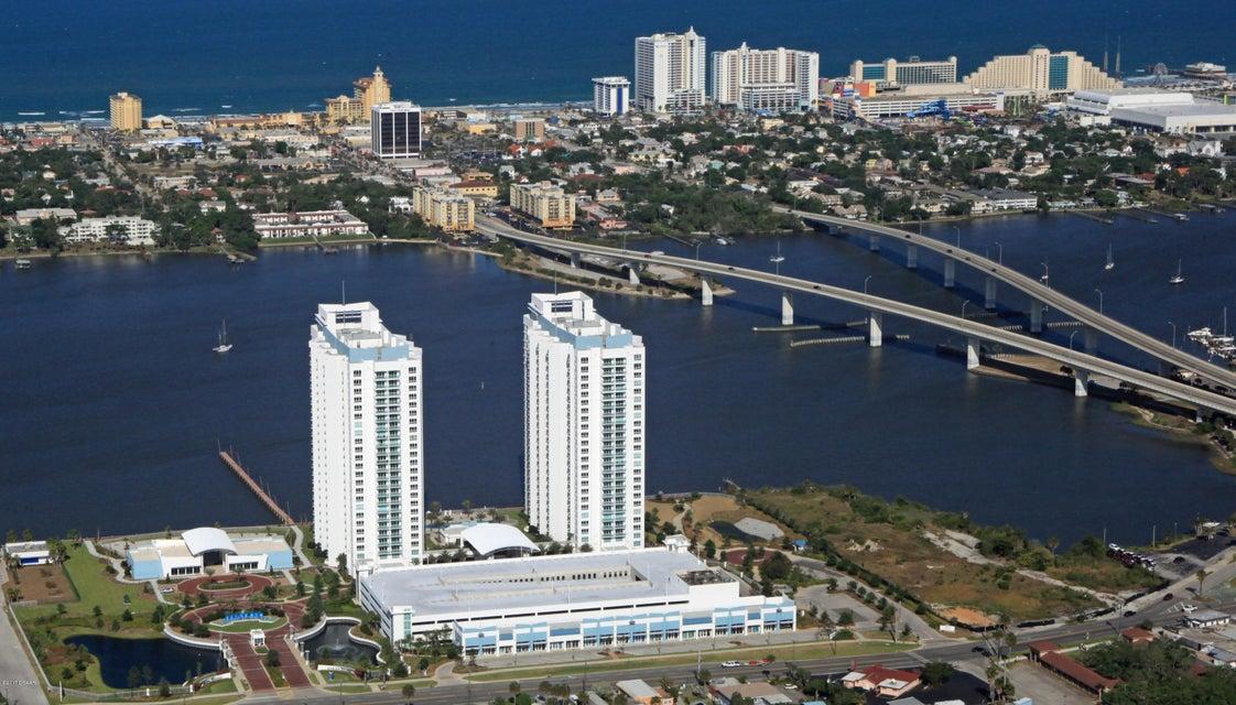 241 RIVERSIDE Drive 1102, Holly Hill, FL 32117