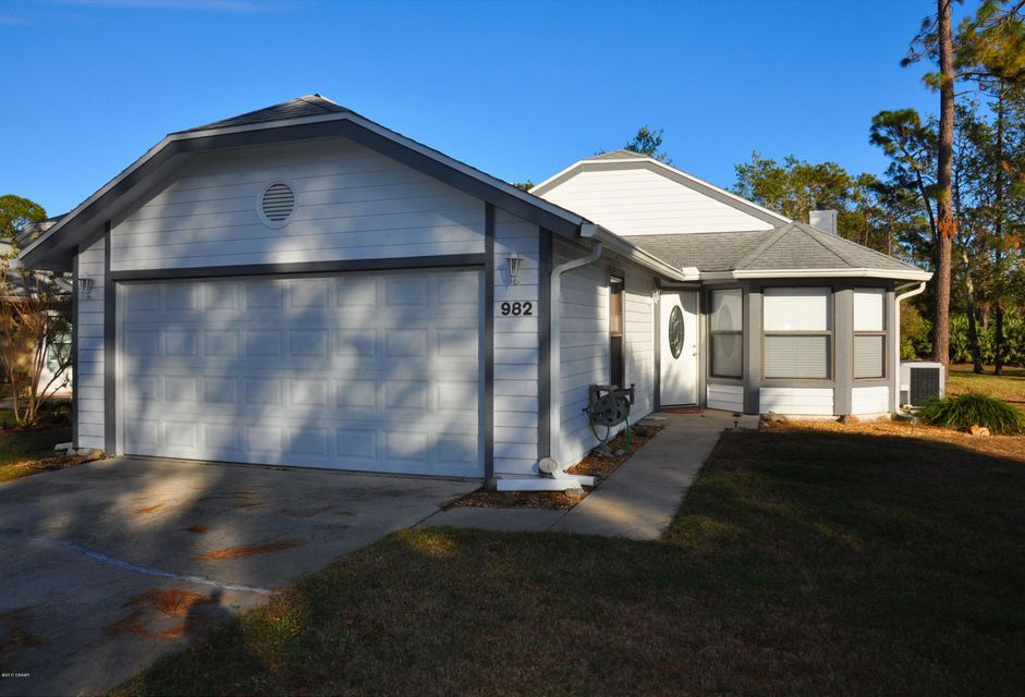 982 S Lakewood Terrace, Port Orange, FL 32127