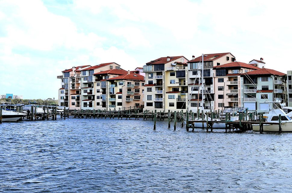 745 MARINA POINT Drive 7450, Daytona Beach, FL 32114