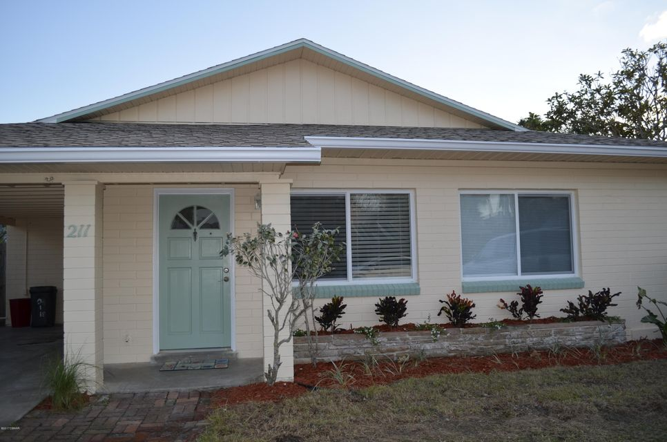 211 CONDICT Drive, New Smyrna Beach, FL 32169