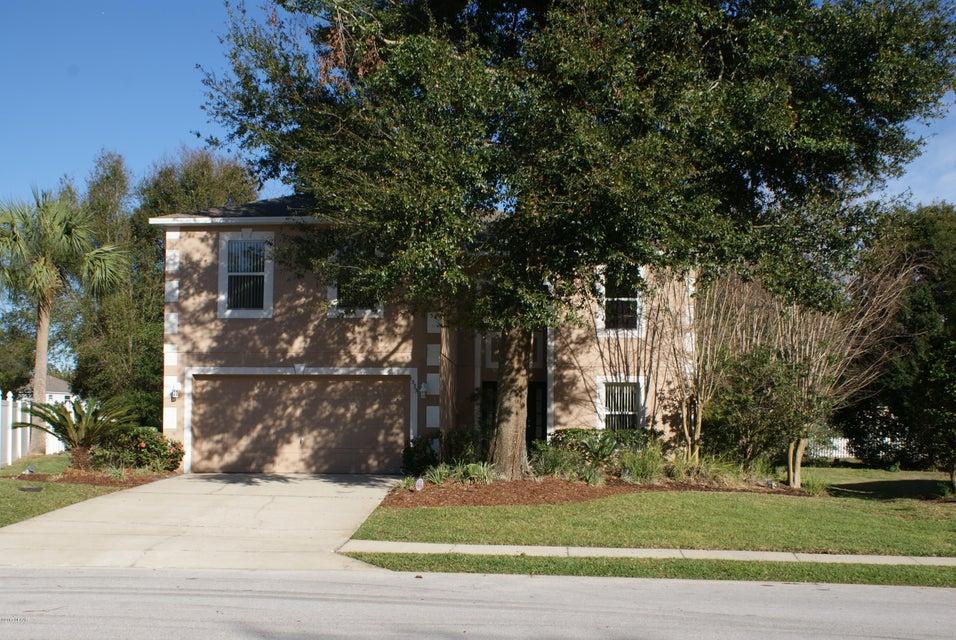 1333 ISLAND TREES Lane, DeLand, FL 32720