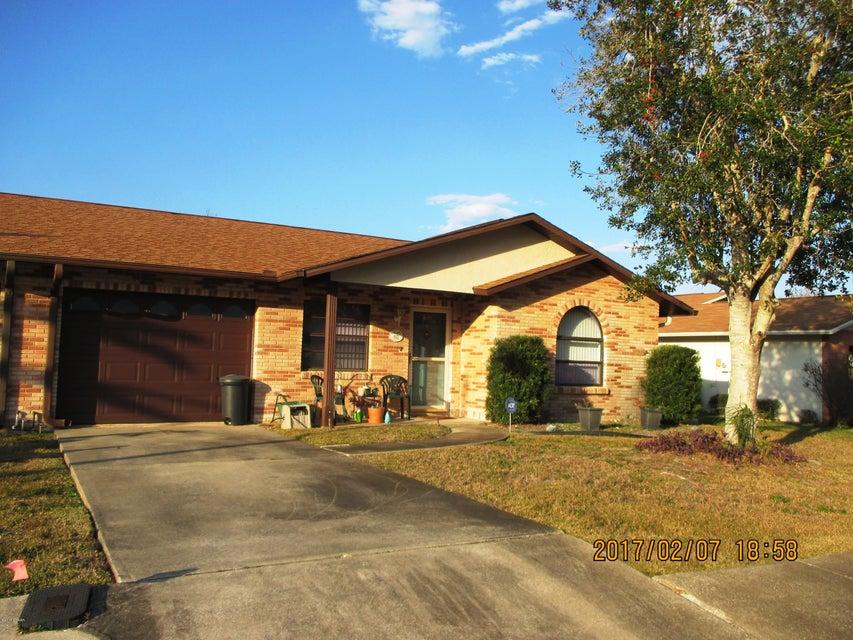 425 Falcon Avenue, Edgewater, FL 32141