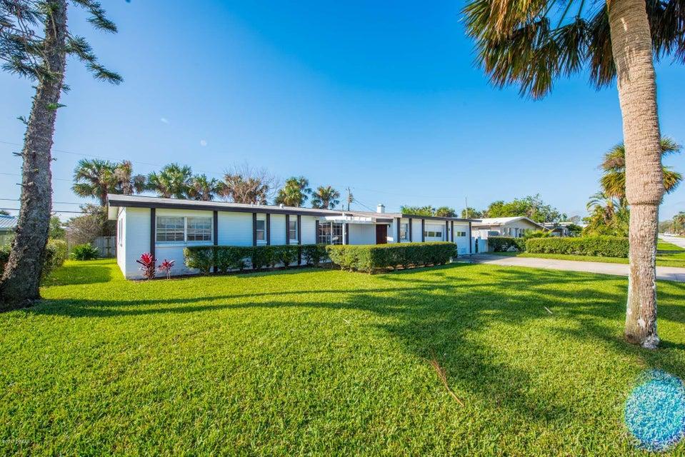 8 RAYMONDE Circle, Ormond Beach, FL 32176