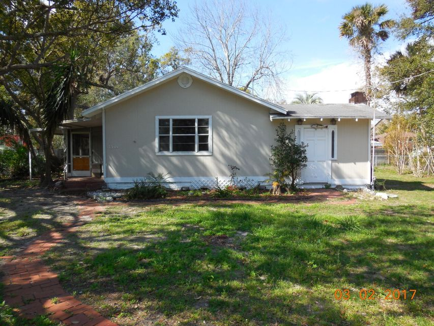 1344 Moravia Avenue, Holly Hill, FL 32117