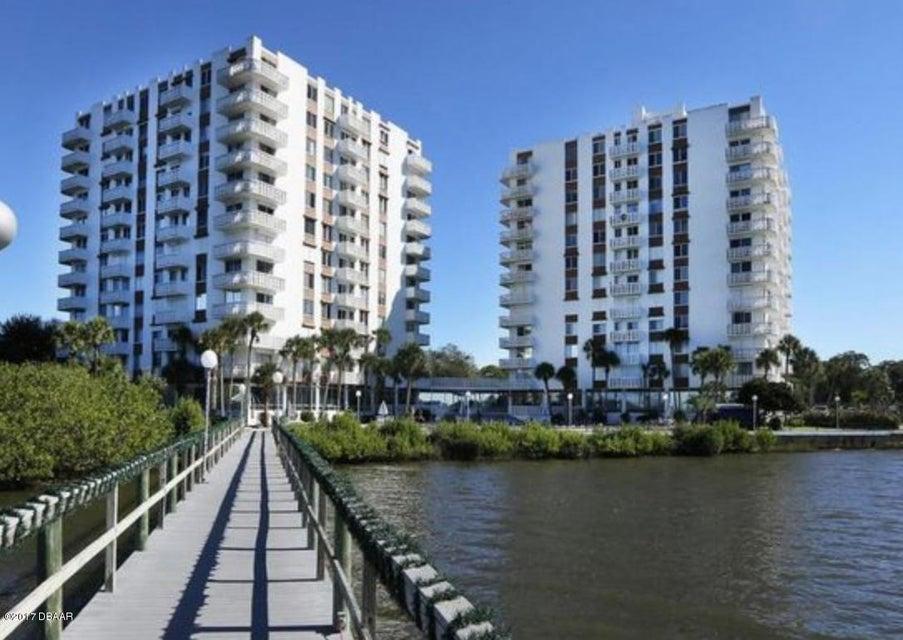 935 N HALIFAX Avenue 201, Daytona Beach, FL 32118