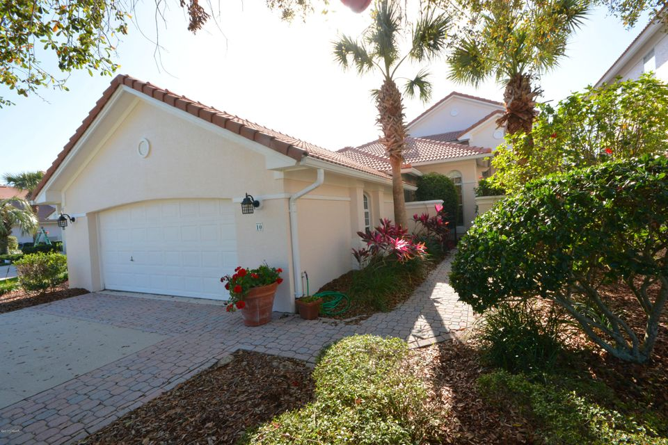 Photo of 10 Marbella Court, Palm Coast, FL 32137