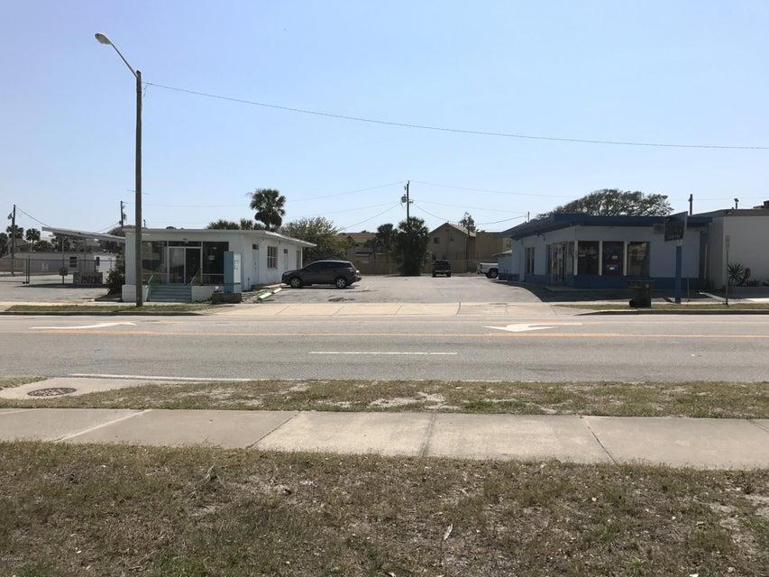 Photo of 500 E International Speedway Boulevard, Daytona Beach, FL 32118