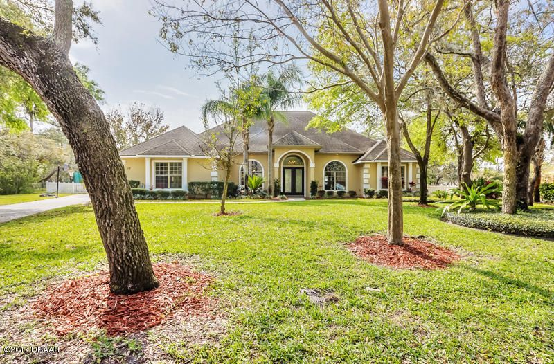 10 Indian Springs Circle, Ormond Beach, FL 32174