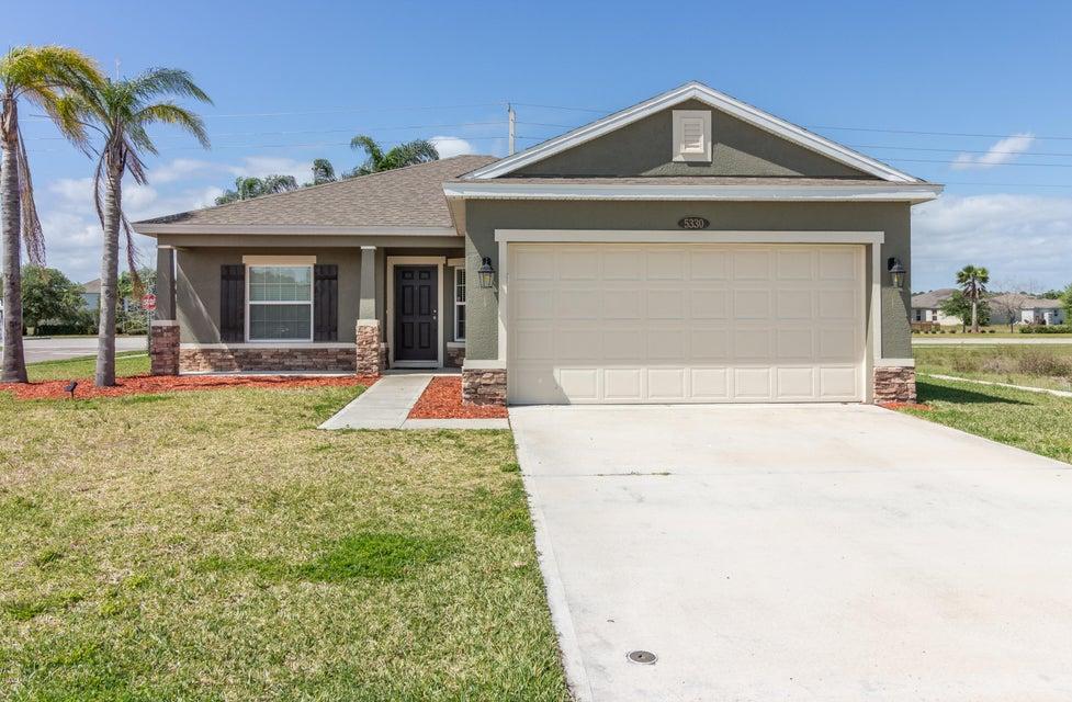 5330 Oak Breeze Avenue, Port Orange, FL 32128