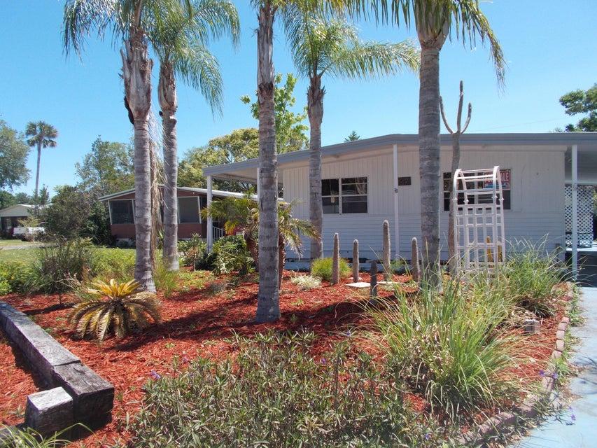 122 Pine Street, Edgewater, FL 32141