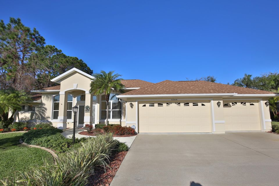 6364 Fairway Cove Drive, Port Orange, FL 32128