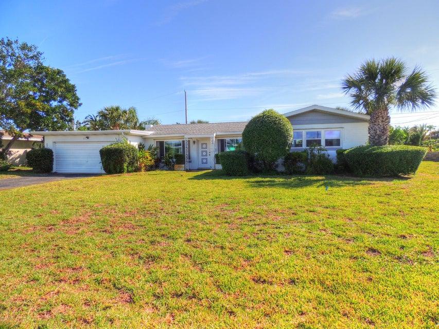 871 Loyola Drive, Ormond Beach, FL 32176