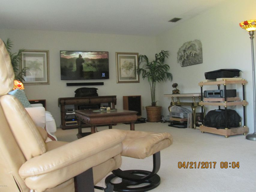 29 Silk Oaks Drive, Ormond Beach, FL 32176