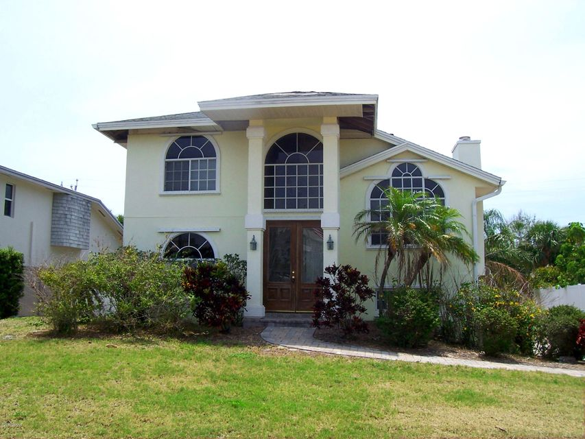 2124 Villa Way, New Smyrna Beach, FL 32169