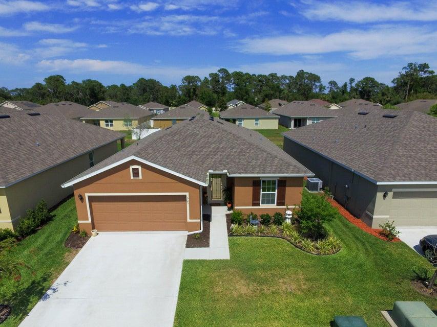 523 Safe Harbor Drive, Edgewater, FL 32141