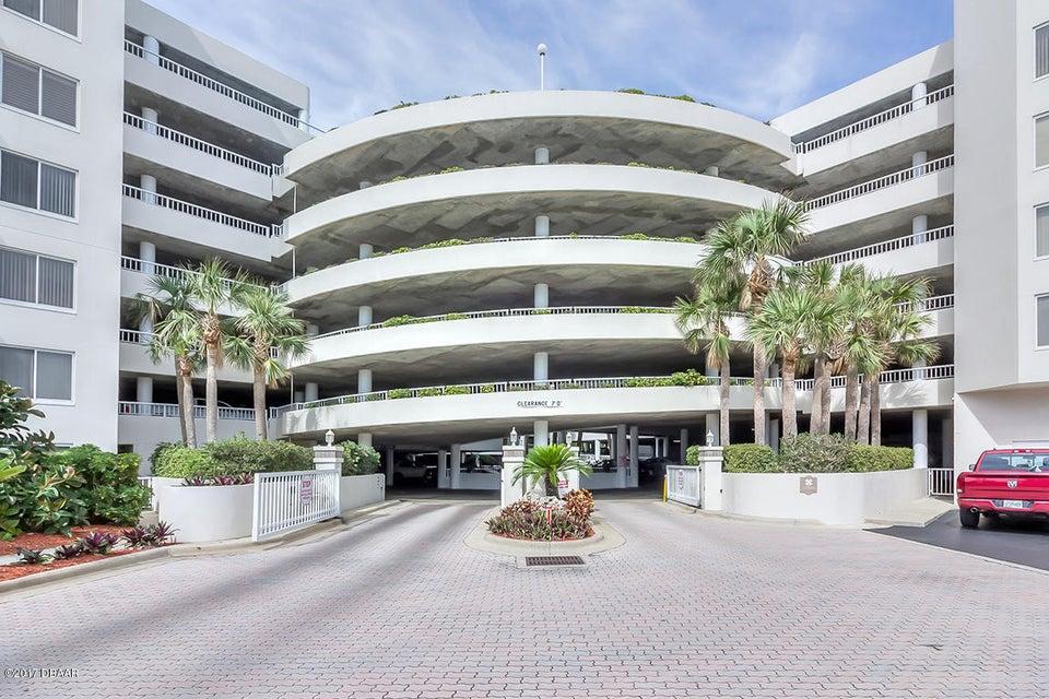 3 Oceans West Boulevard 2D1, Daytona Beach Shores, FL 32118