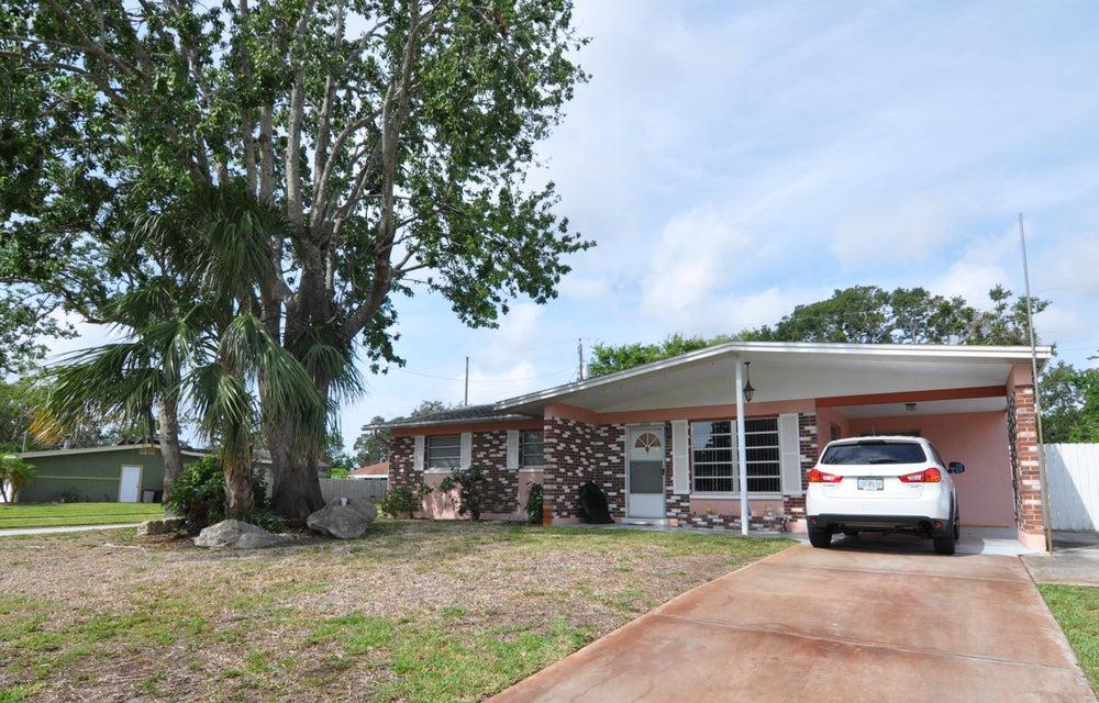 2832 Oak Lea Drive, South Daytona, FL 32119