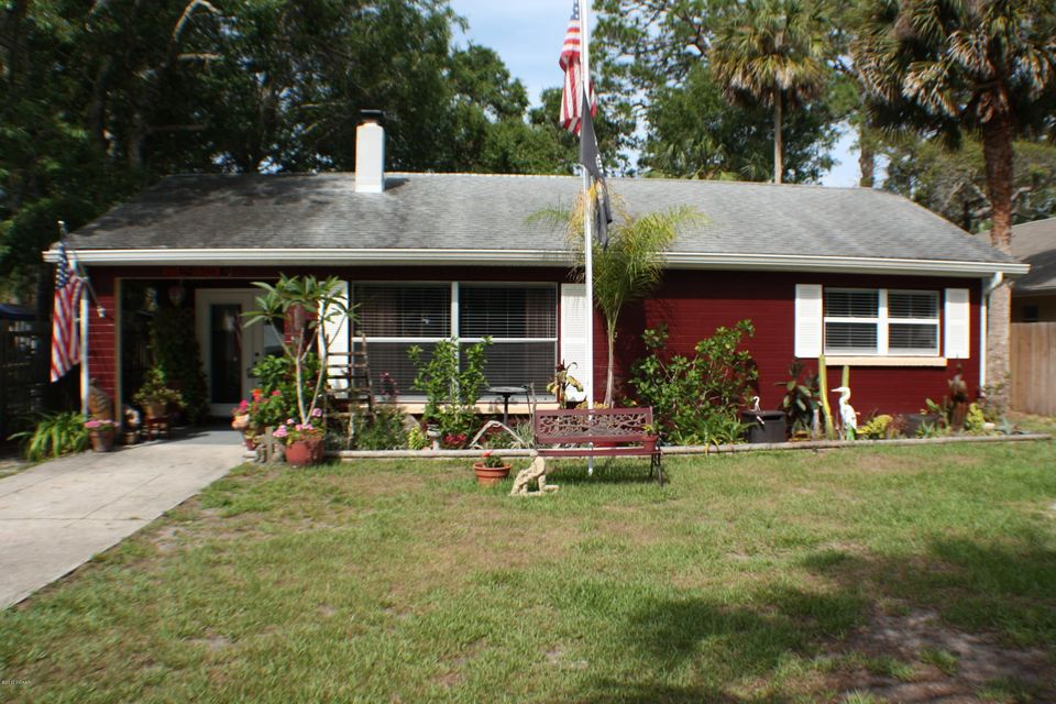 2638 Edgewater Avenue, New Smyrna Beach, FL 32168