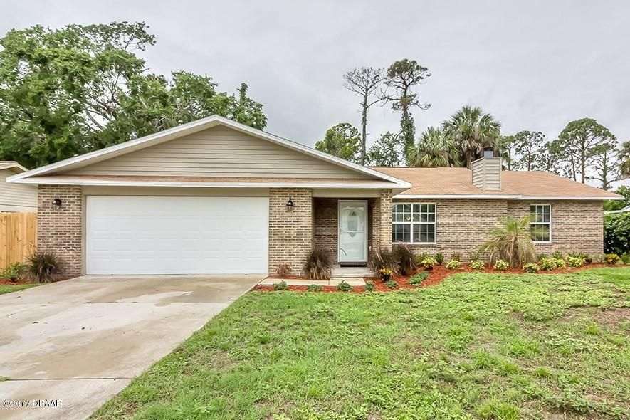 820 Wildwood Circle, Port Orange, FL 32127
