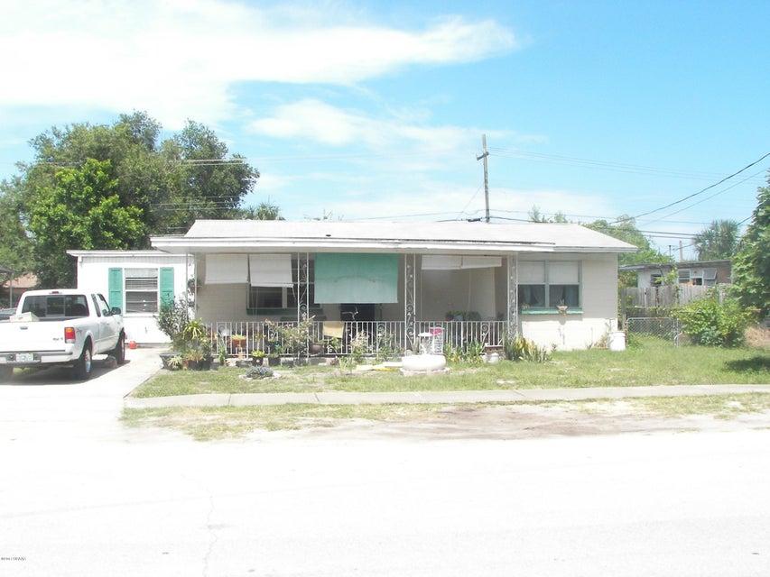 919 Essex Road, Daytona Beach, FL 32117